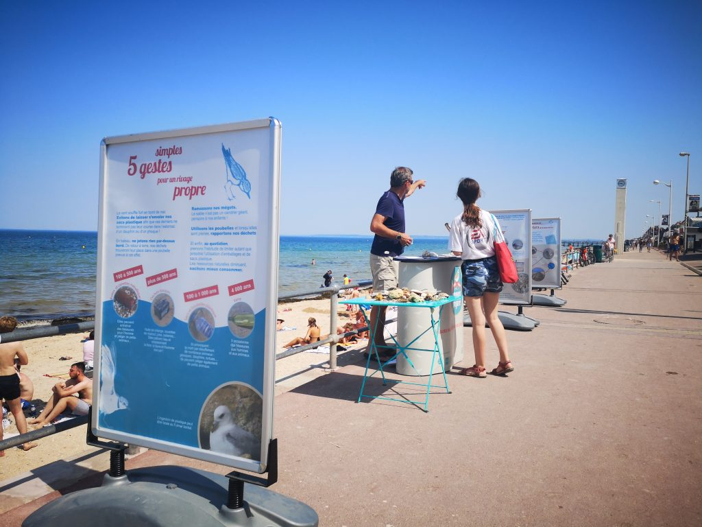 STAND RIVAGE PROPRE LUC SUR MER CREDIT NATHALIE PAPOUIN