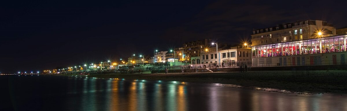 sea front luc sur mer where to go out at night casino normandie calvados